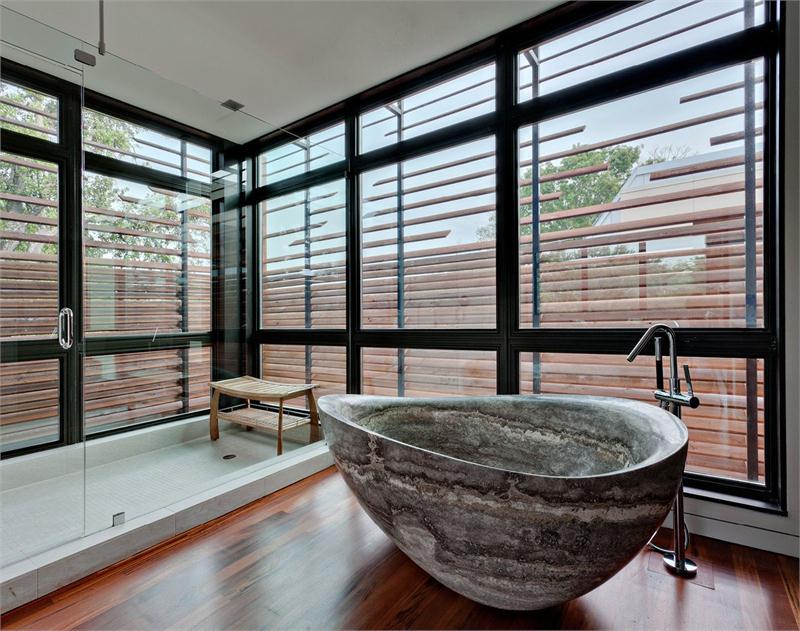 Bồn tắm không phải khi nào cũng chỉ màu trắng