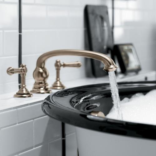 Để phòng tắm quyến rũ hơn với 5 gợi ý