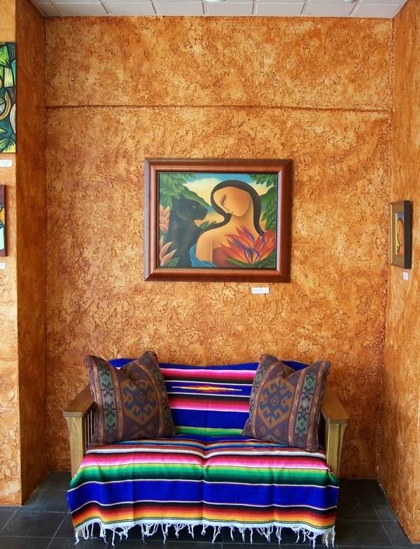 Sofa với gam màu sặc sỡ của tấm vải bọc