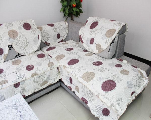 Gam màu trung tính của sofa