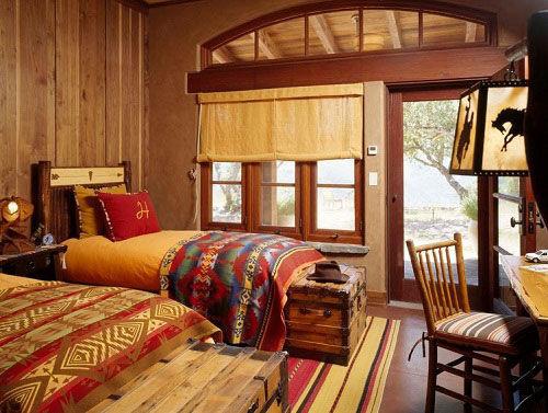 Thiết kế nội thất phòng ngủ gỗ ấm áp vào mùa đông