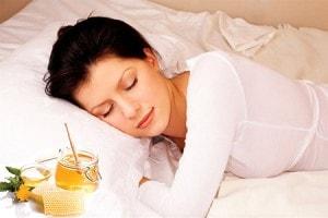 cách chữa mất ngủ bằng mật ong